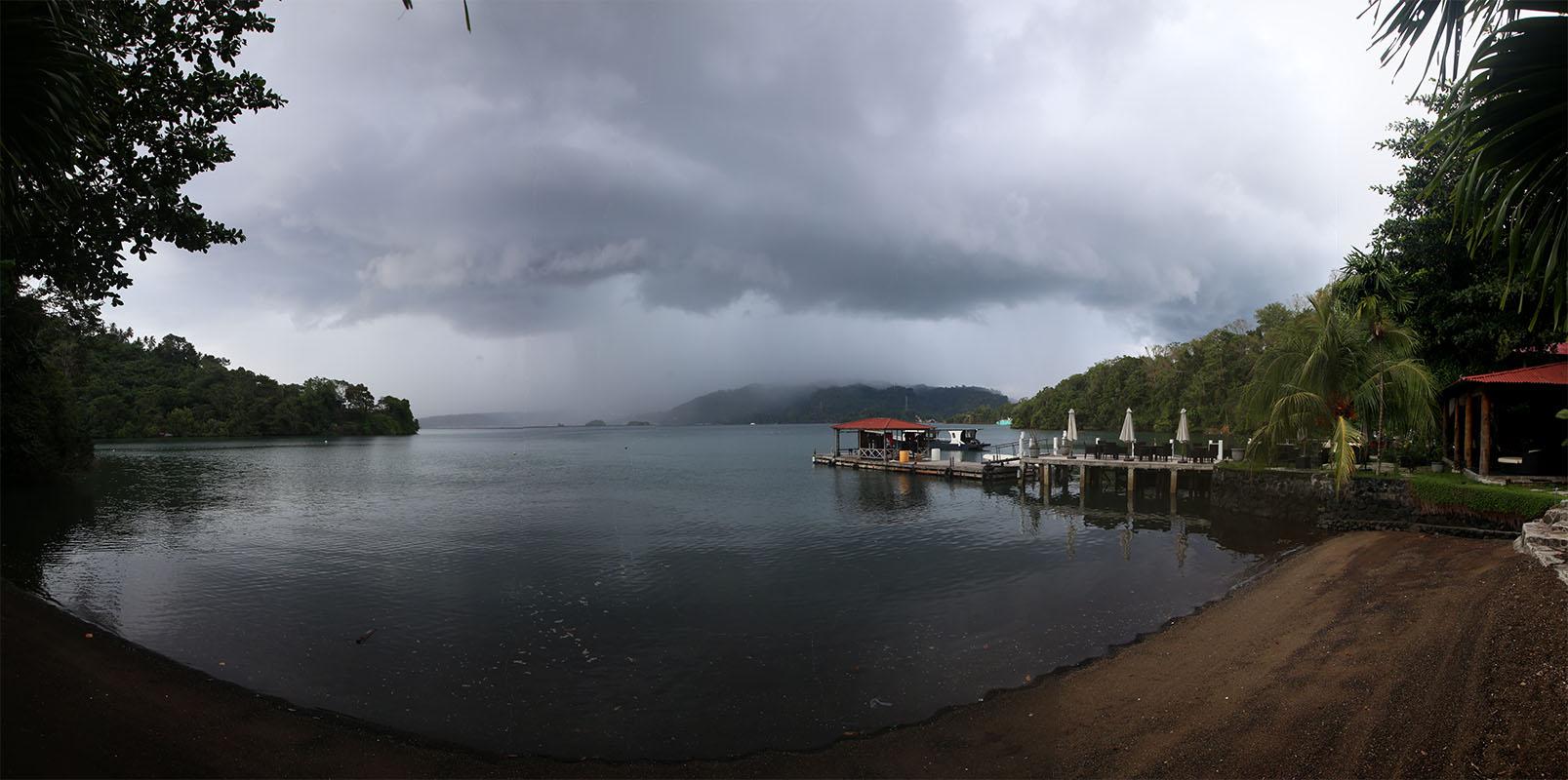 Overwater Sulawesi